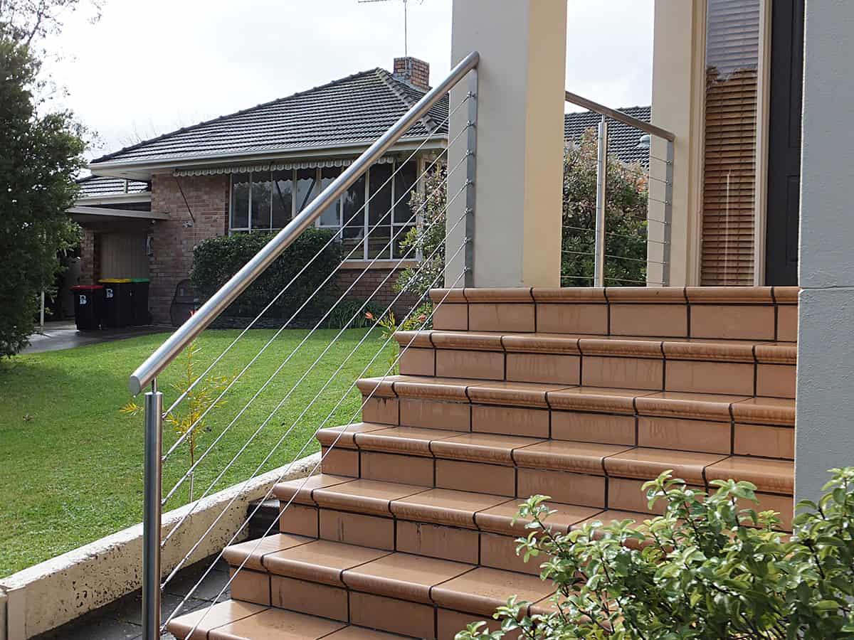 stainless-steel-handrails-balustrade-home-terracotta-steps