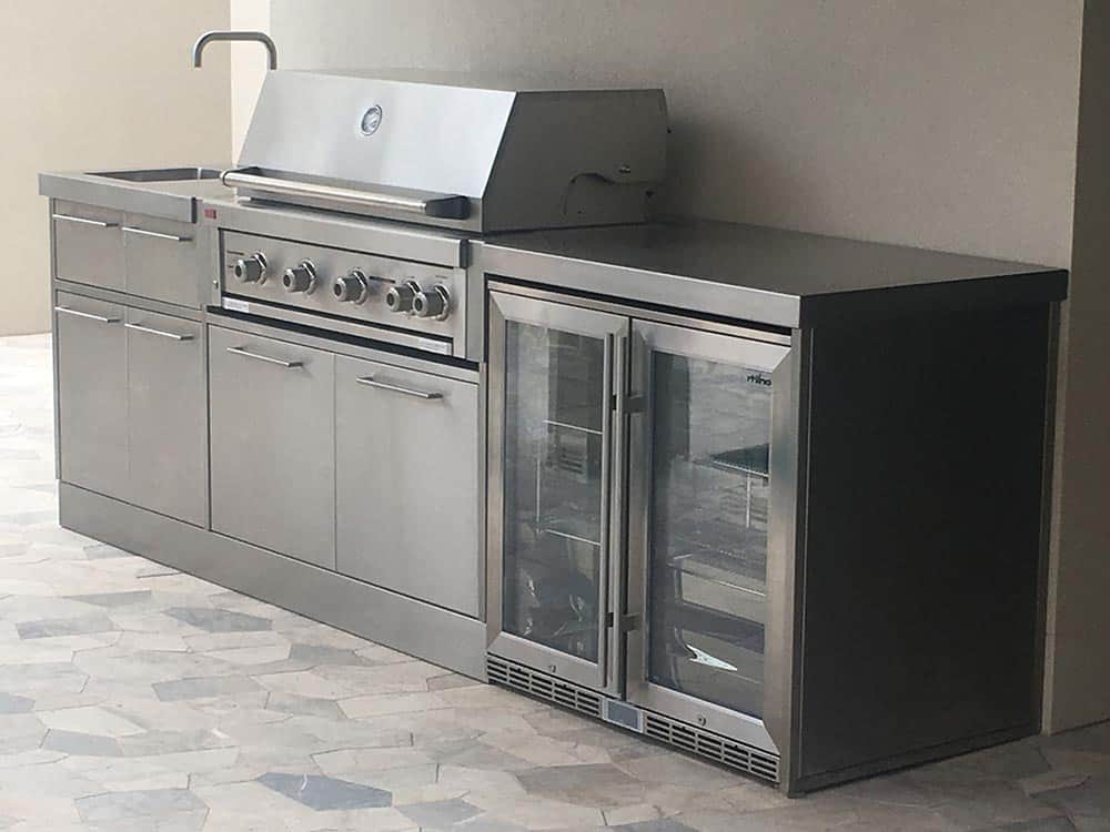 stainless-steel-outdoor-kitchen-angle